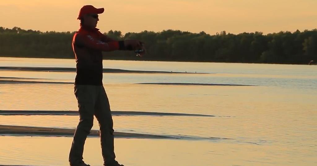 Блики на воде при ловле на спиннинг